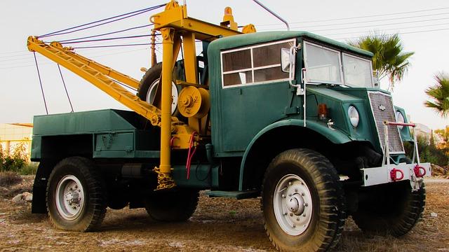 truck-1715400_640